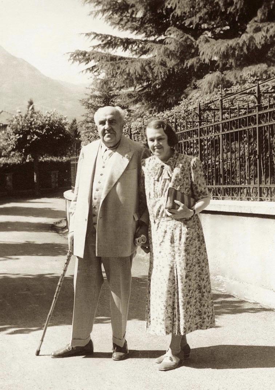 Bô Yin Râ con su esposa